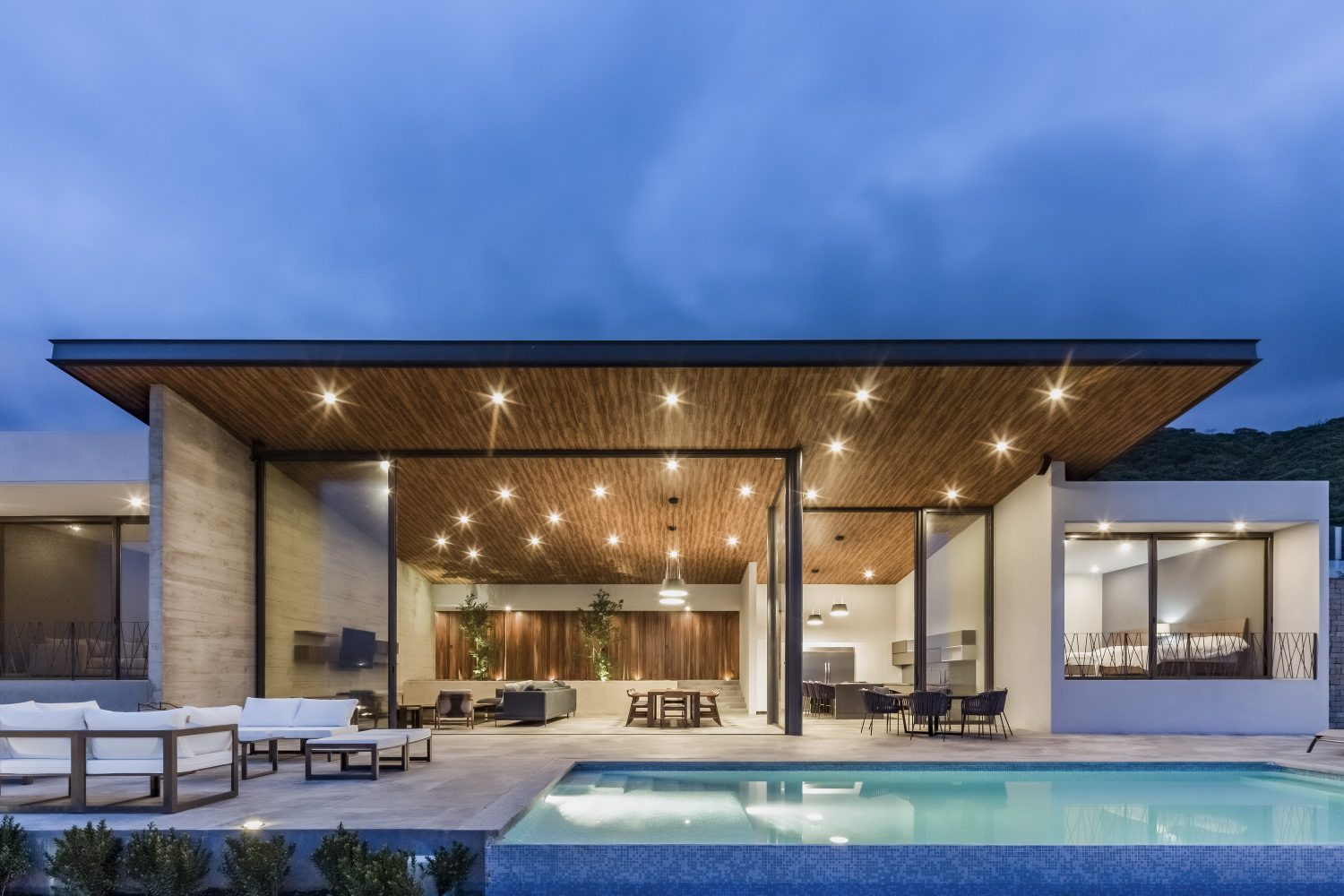Lake House by FARQ Arquitectos