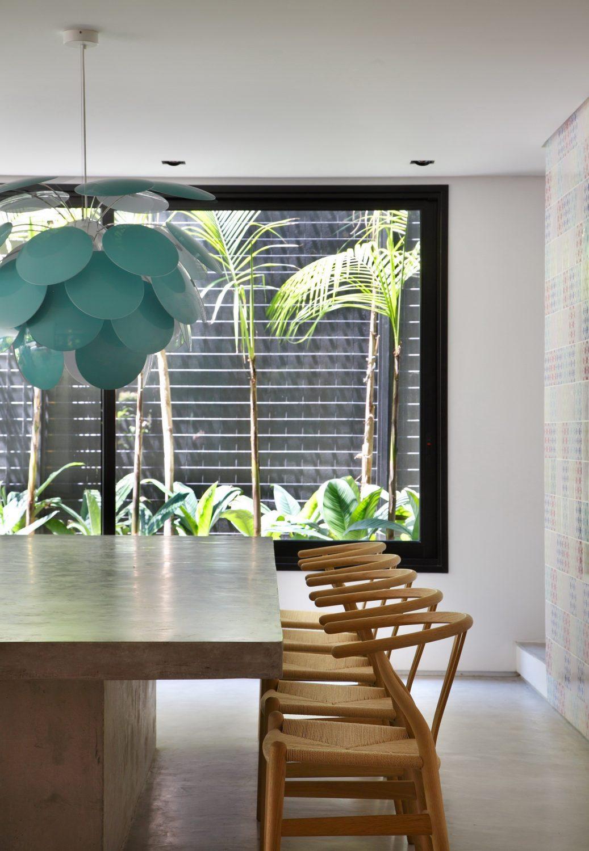 DM House by Studio Guilherme Torres