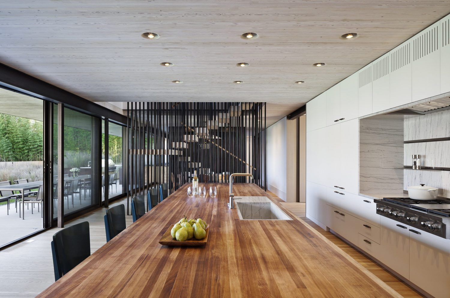 Pierson's Way | Oceanfront Residence by Bates Masi + Architects