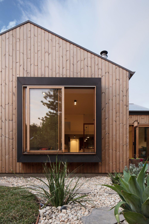 Urban Barnyard House by Inbetween Architecture