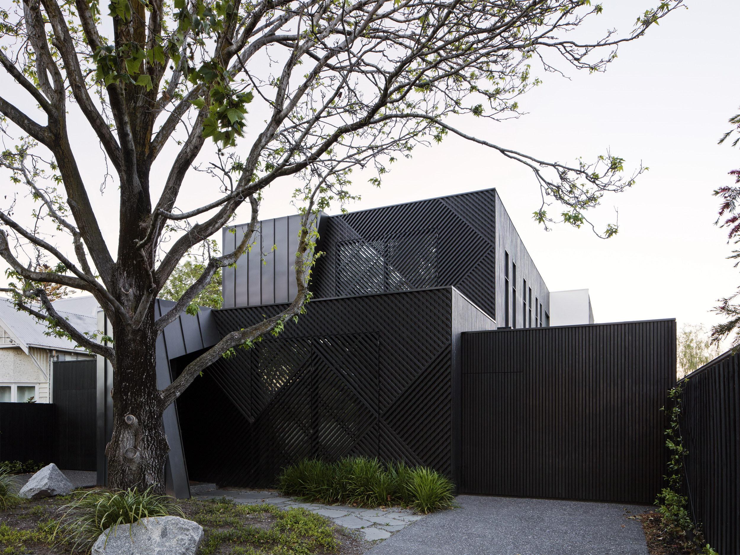 Washington Avenue Townhouses by Pandolfini Architects