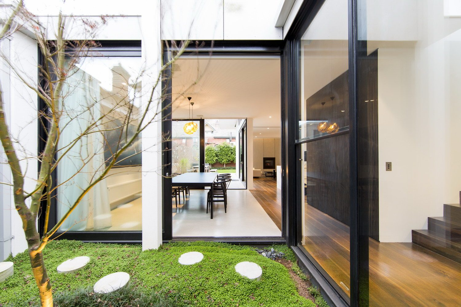 Armadale House 1 by Mitsuori Architects
