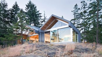 Bowen Island House by Burgers Architecture