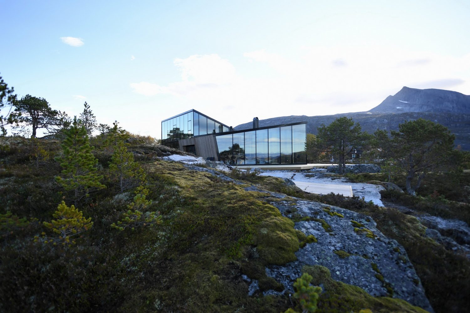 Efjord Retreat Cabin by Stinessen Arkitektur