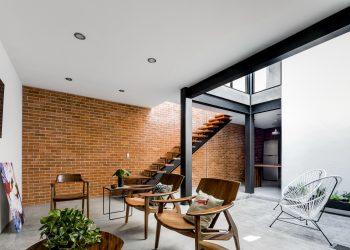 Forasté House by TALLER 1+1