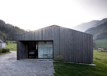 House for Gudrun by Innauer-Matt Architekten