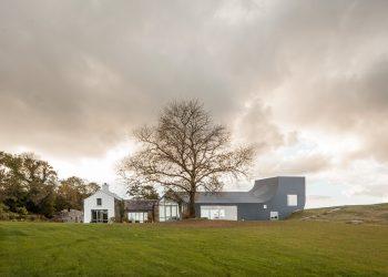 House in Ireland by Markus Schietsch Architekten