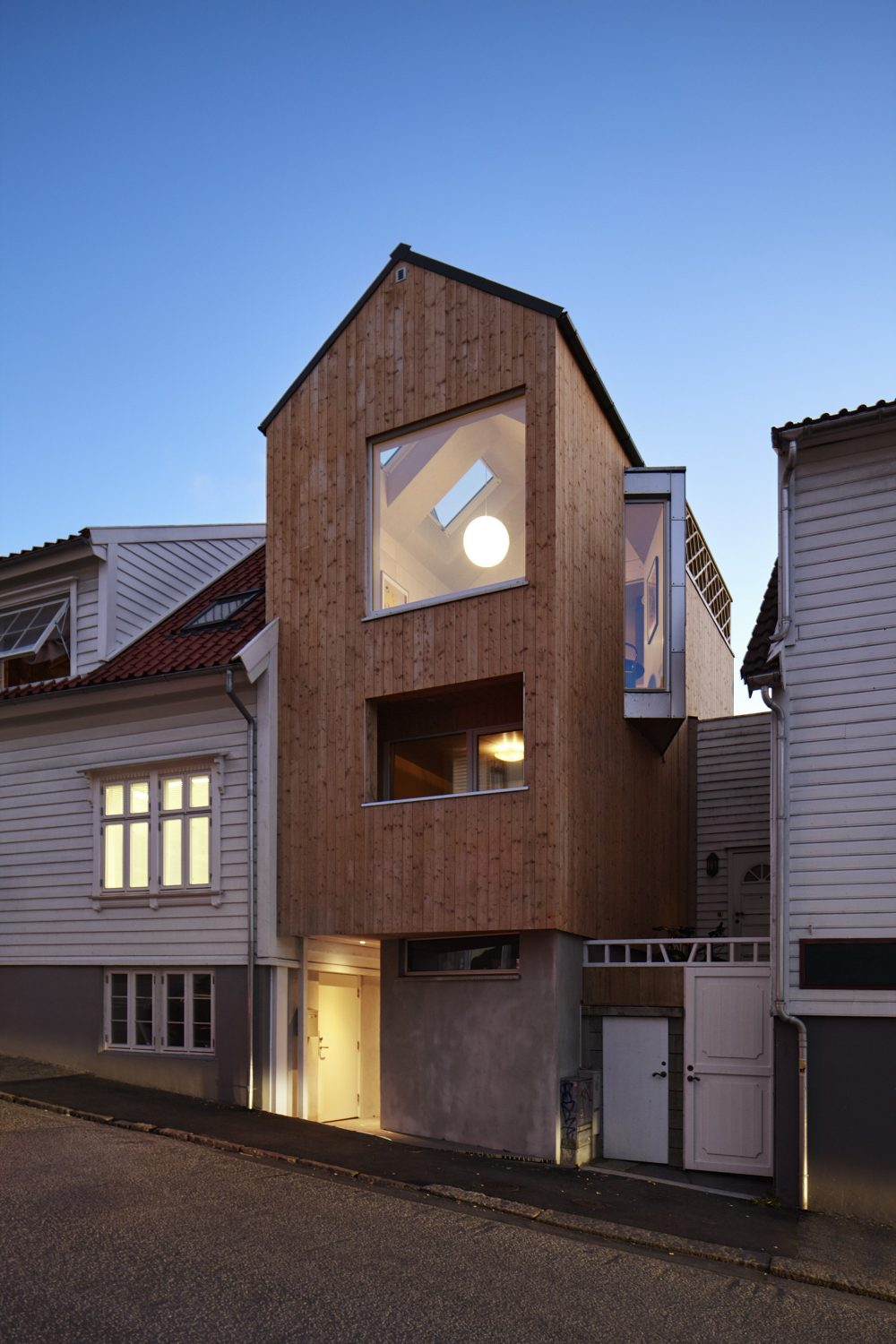 House in Stavanger by Austigard Architects