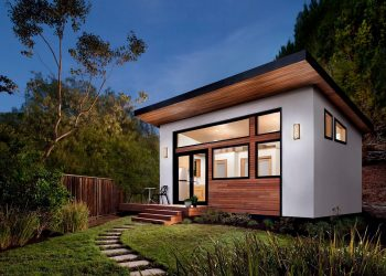Prefabricated Tiny House by Avava Systems