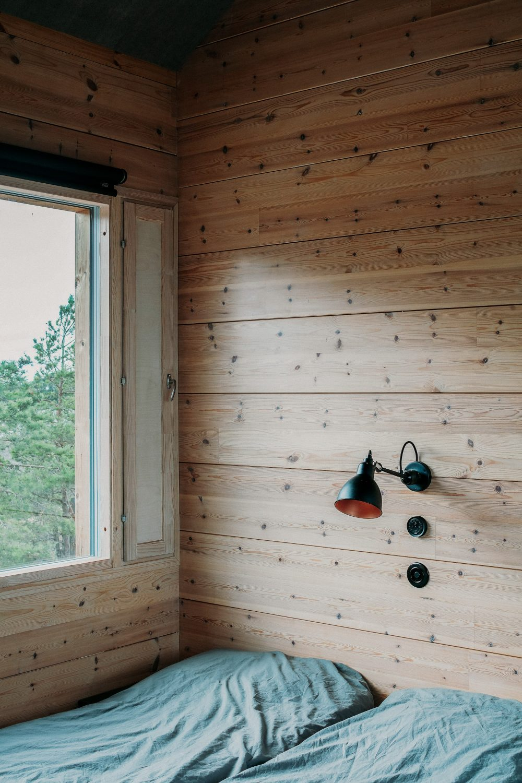 Project Ö Cabin by Aleksi Hautamäki and Milla Selkimäki