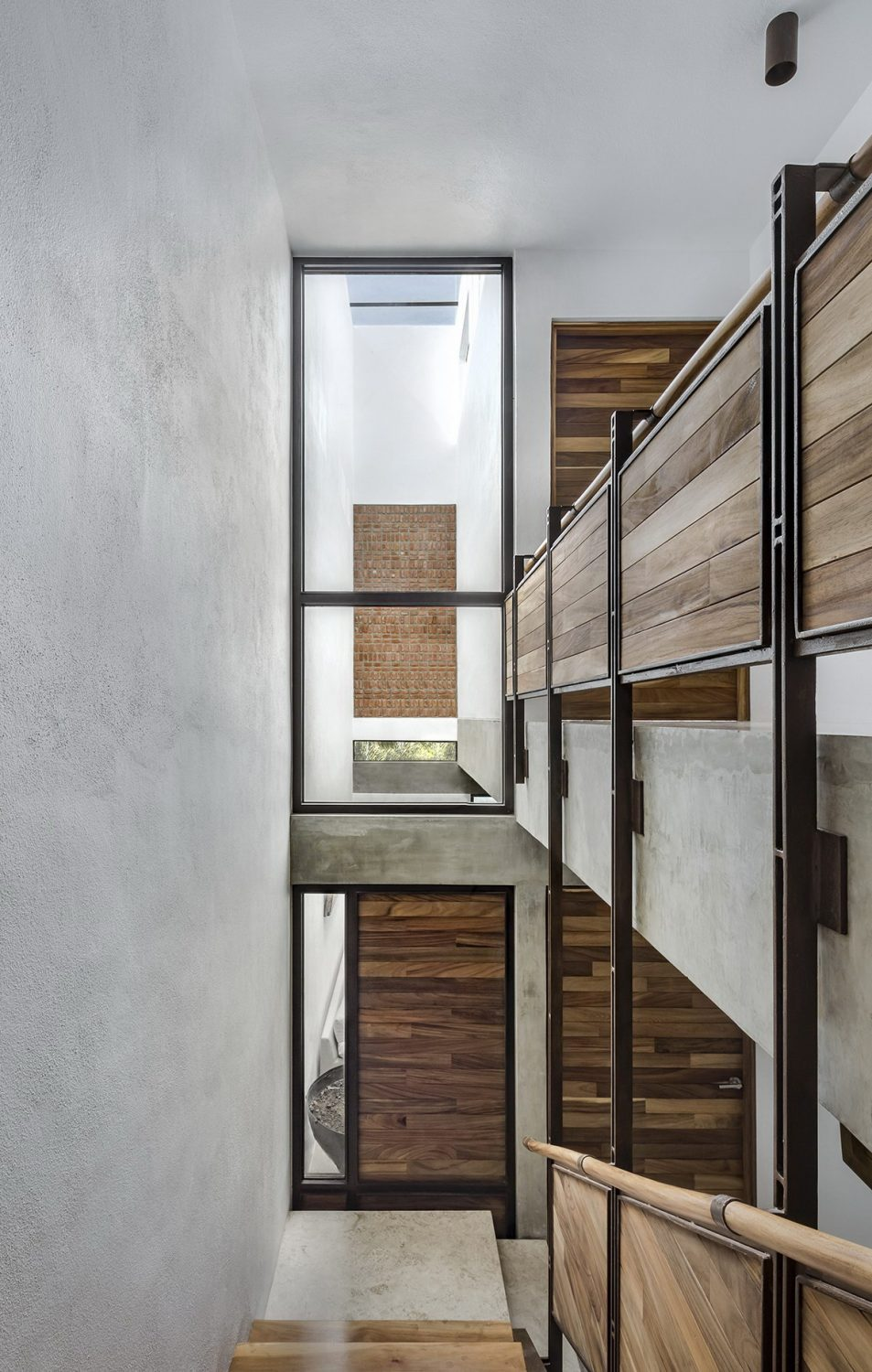 Thresholds House by Atelier ARS