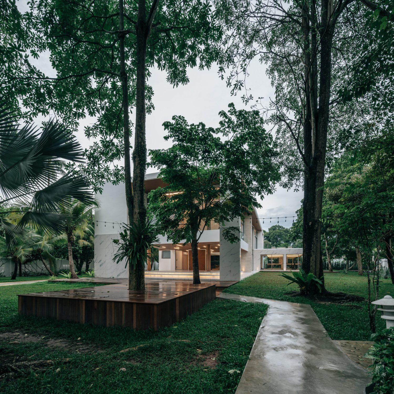 Anavilla by FLAT12x