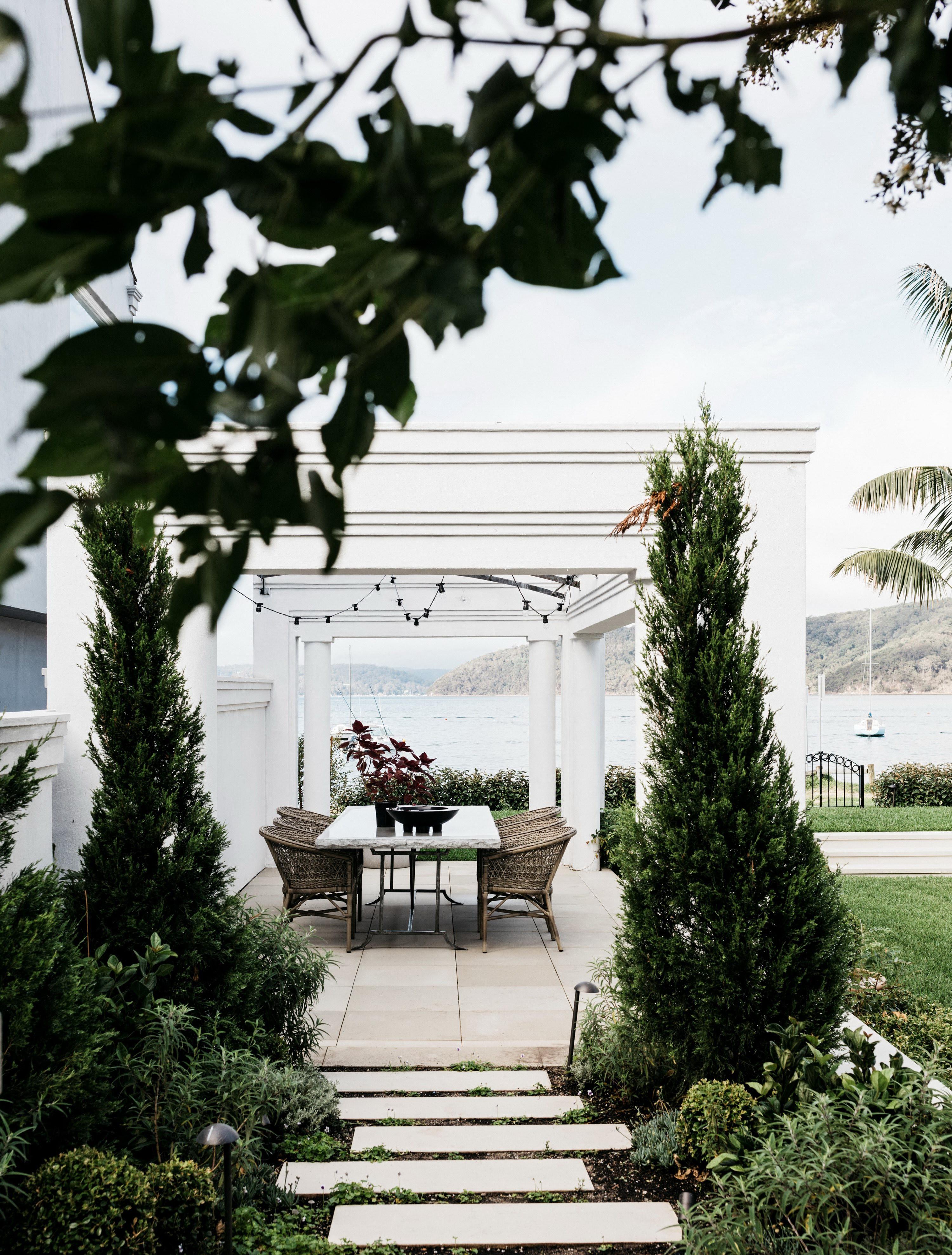 Palm Beach House by Alexander &CO.