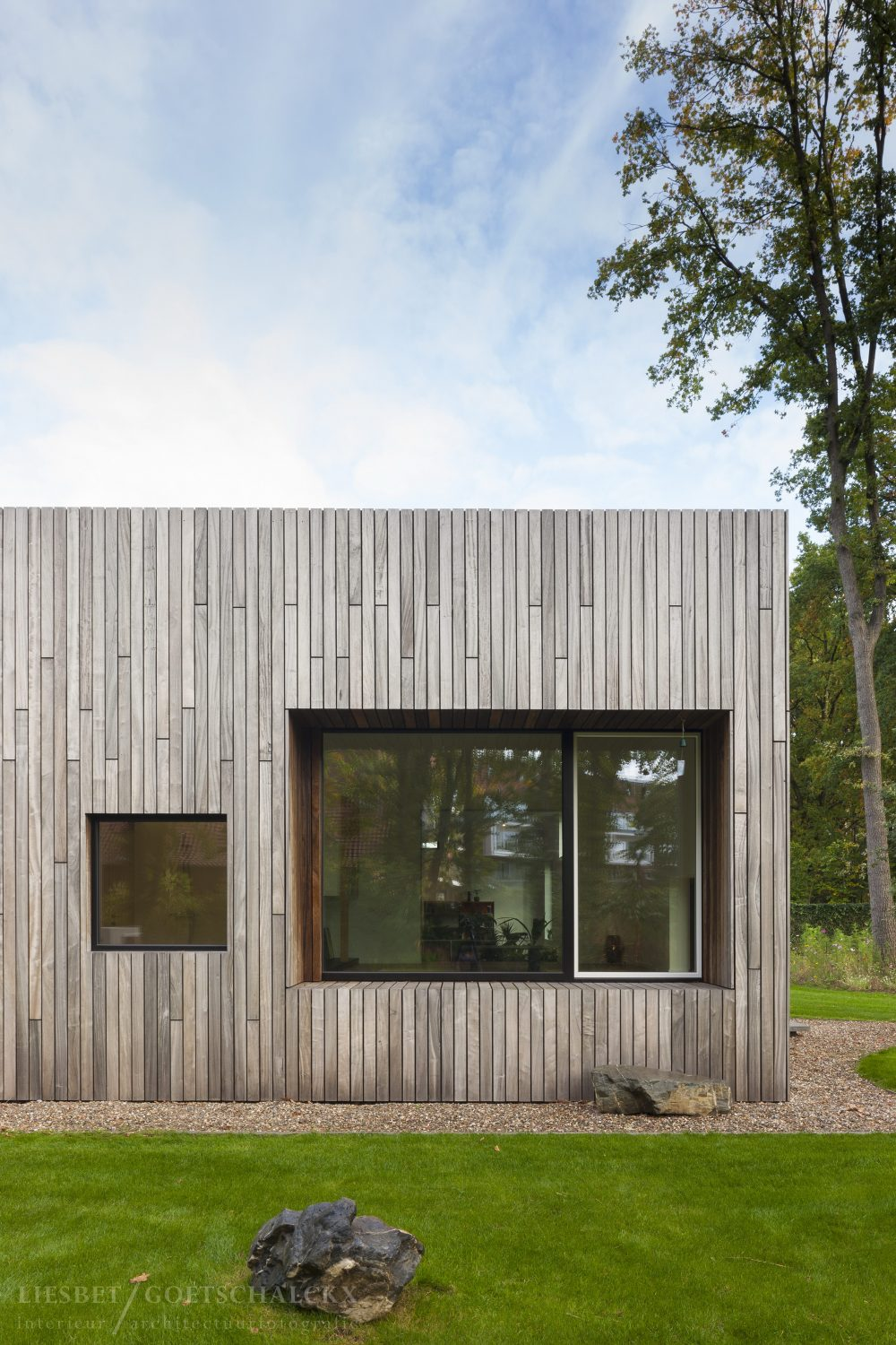 Square House by Cocoon Architecten