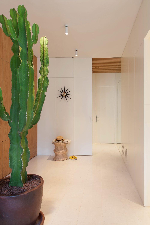 Apartament in Argentona Street by YLAB Arquitectos