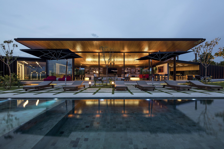 CA House by Jacobsen Arquitetura