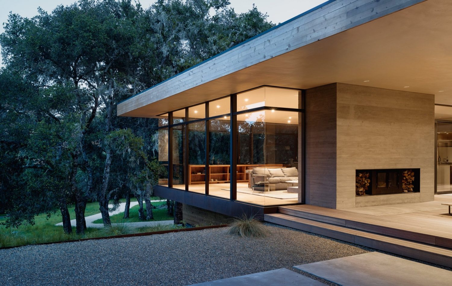Carmel Valley Residence by Piechota Architecture