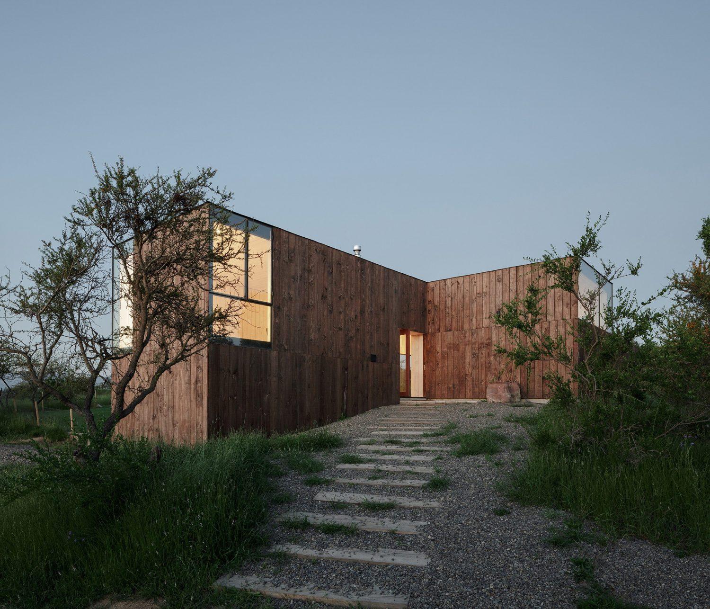 CML House by Ricardo Torrejón and Arturo Chadwick