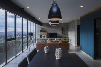 Contemporary Apartment in Bosques de las Lomas