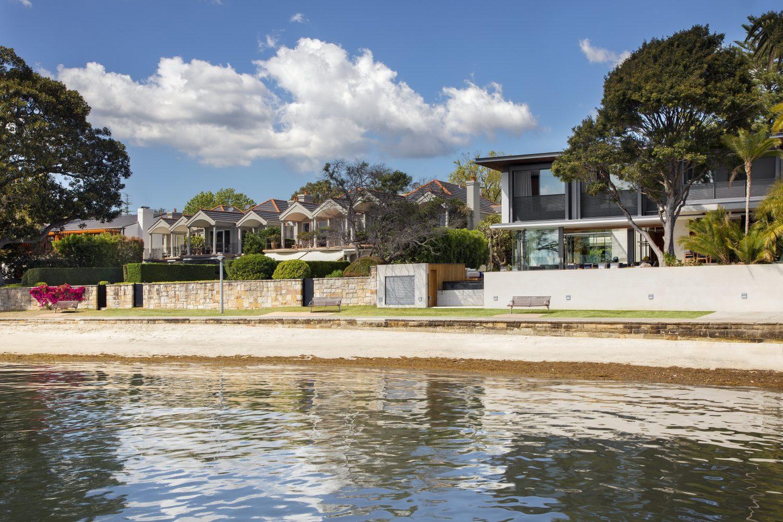 Double Bay House by SAOTA