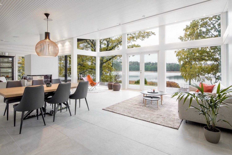 Log Villa on the Coast by Pluspuu Oy