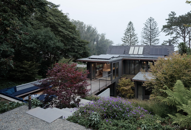 Twin Peaks Residence by Feldman Architecture