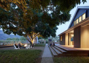 Wine Country Farmhouse by Bohlin Cywinski Jackson