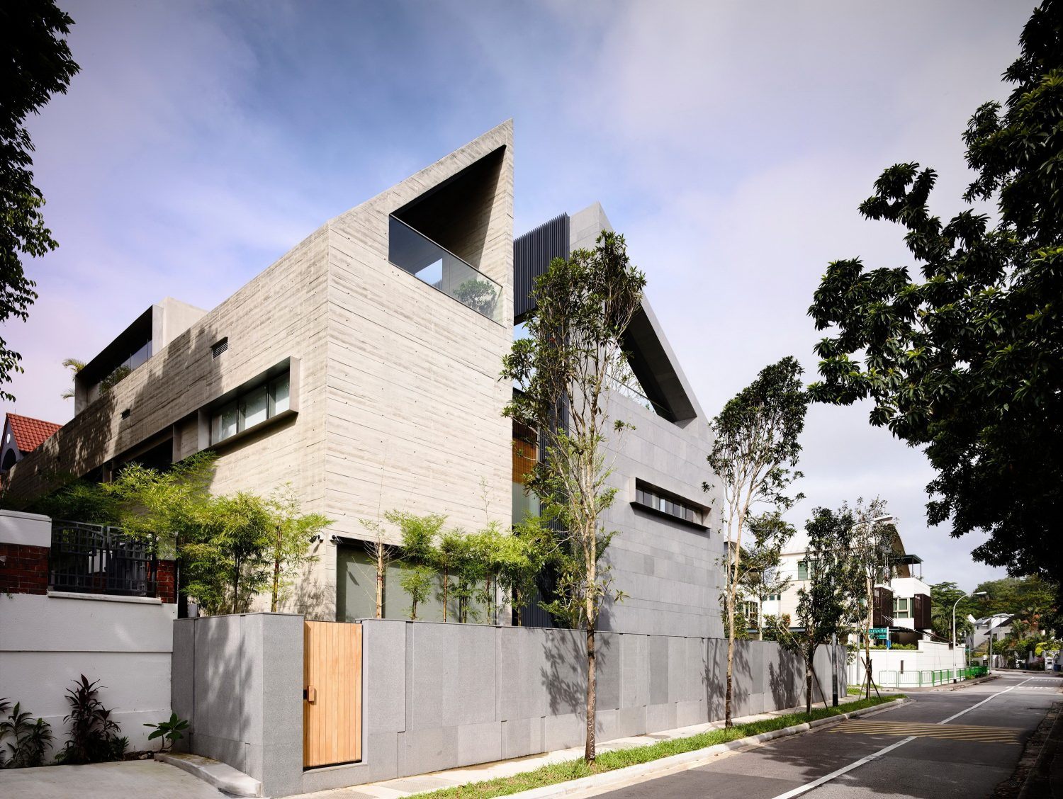 66MRN-House by ONG&ONG Pte Ltd