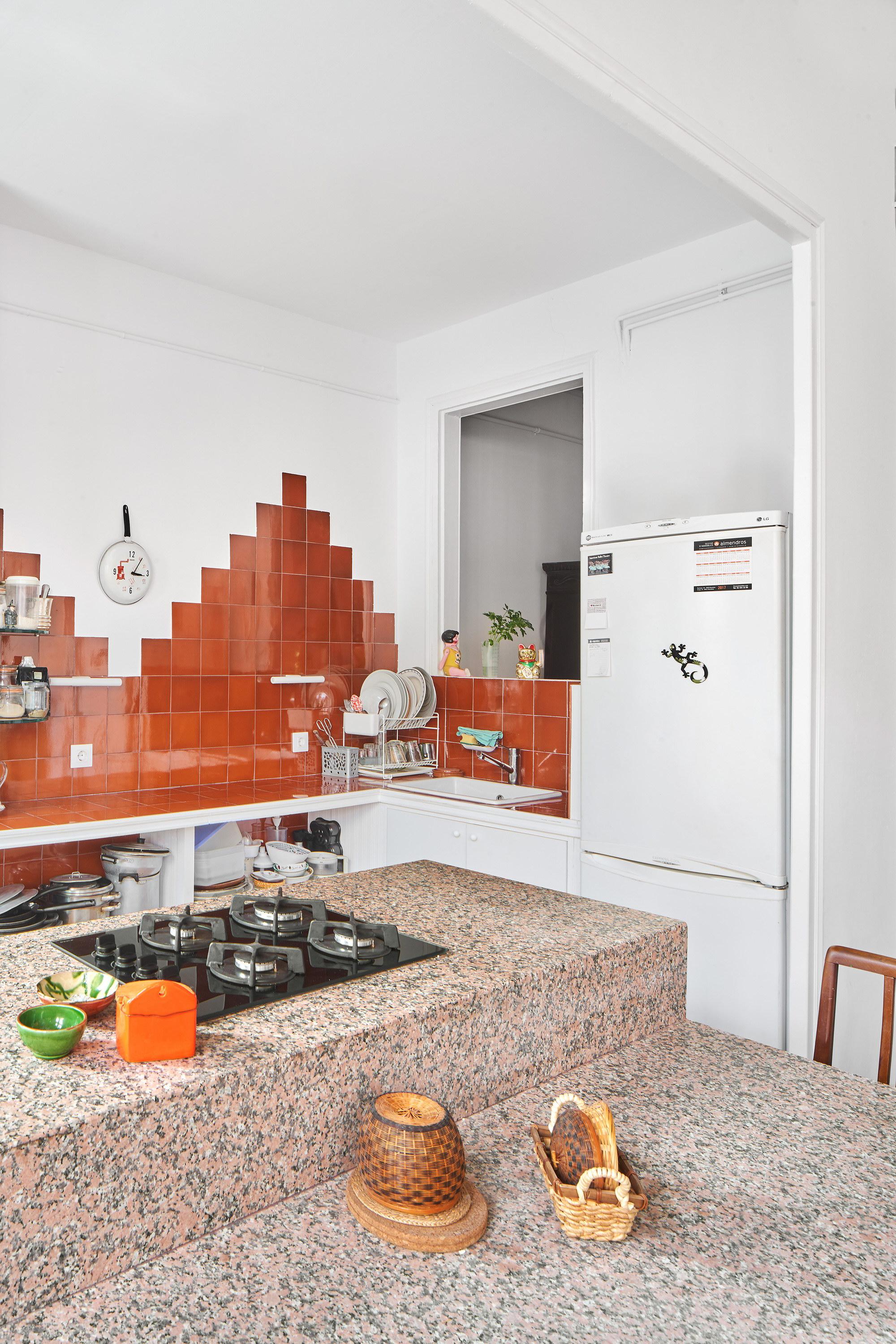 A Table (II) by Adrià Escolano and David Steegmann Mangrané