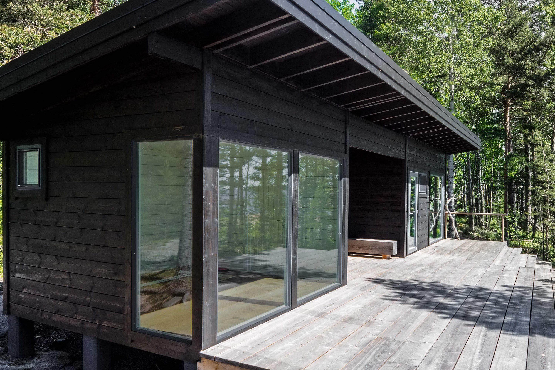 Summer House on the Baltic Sea Island by Pluspuu Oy