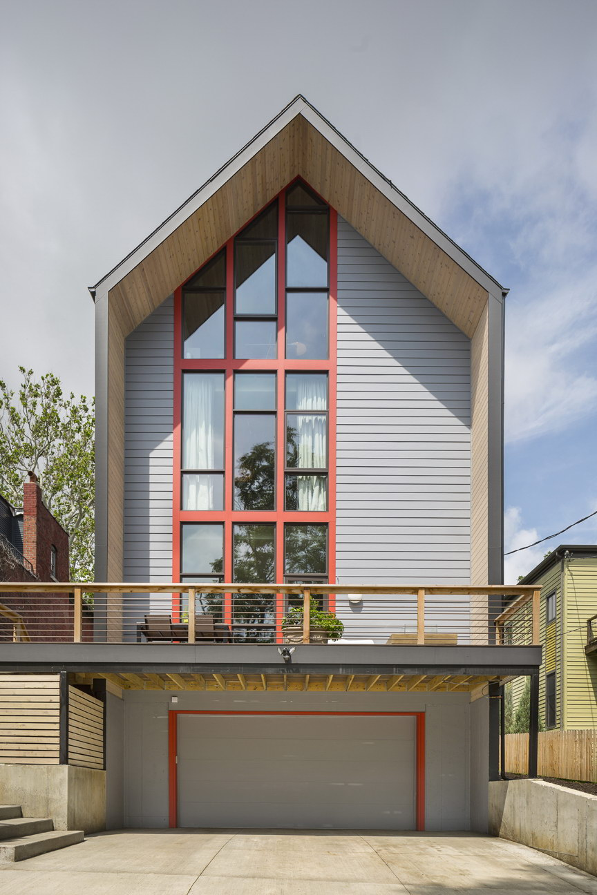 1653 Residence by Studio Build