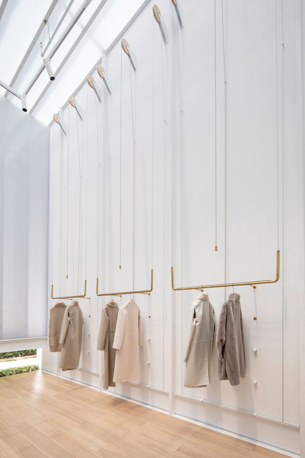 EMME Store by Lukstudio