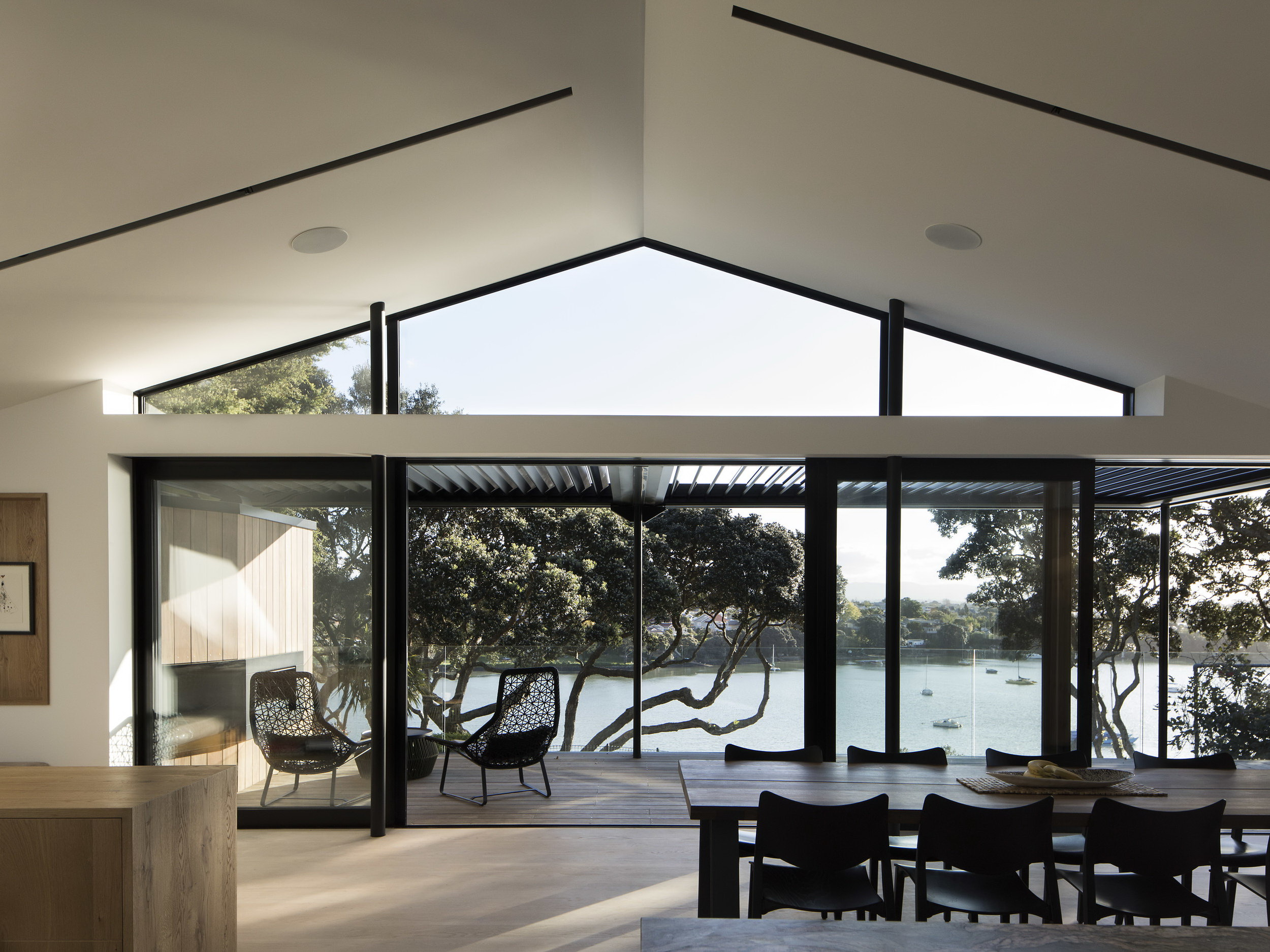 Herne Bay Hideaway by Lloyd Hartley Architects