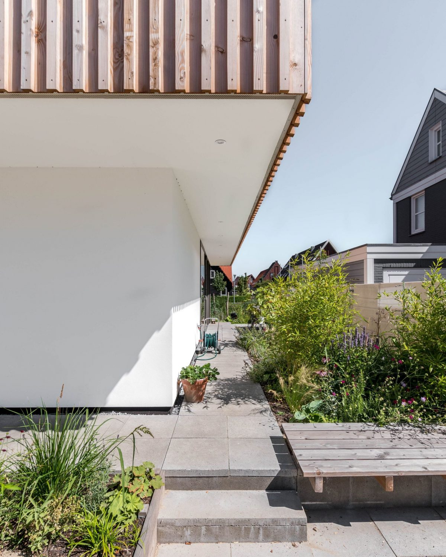 House Gele Lis by GAAGA