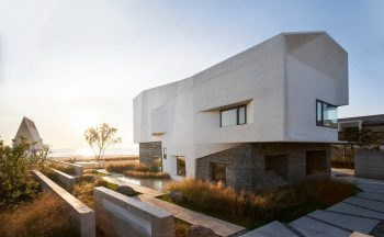 House T   House by the Sea by META-Project