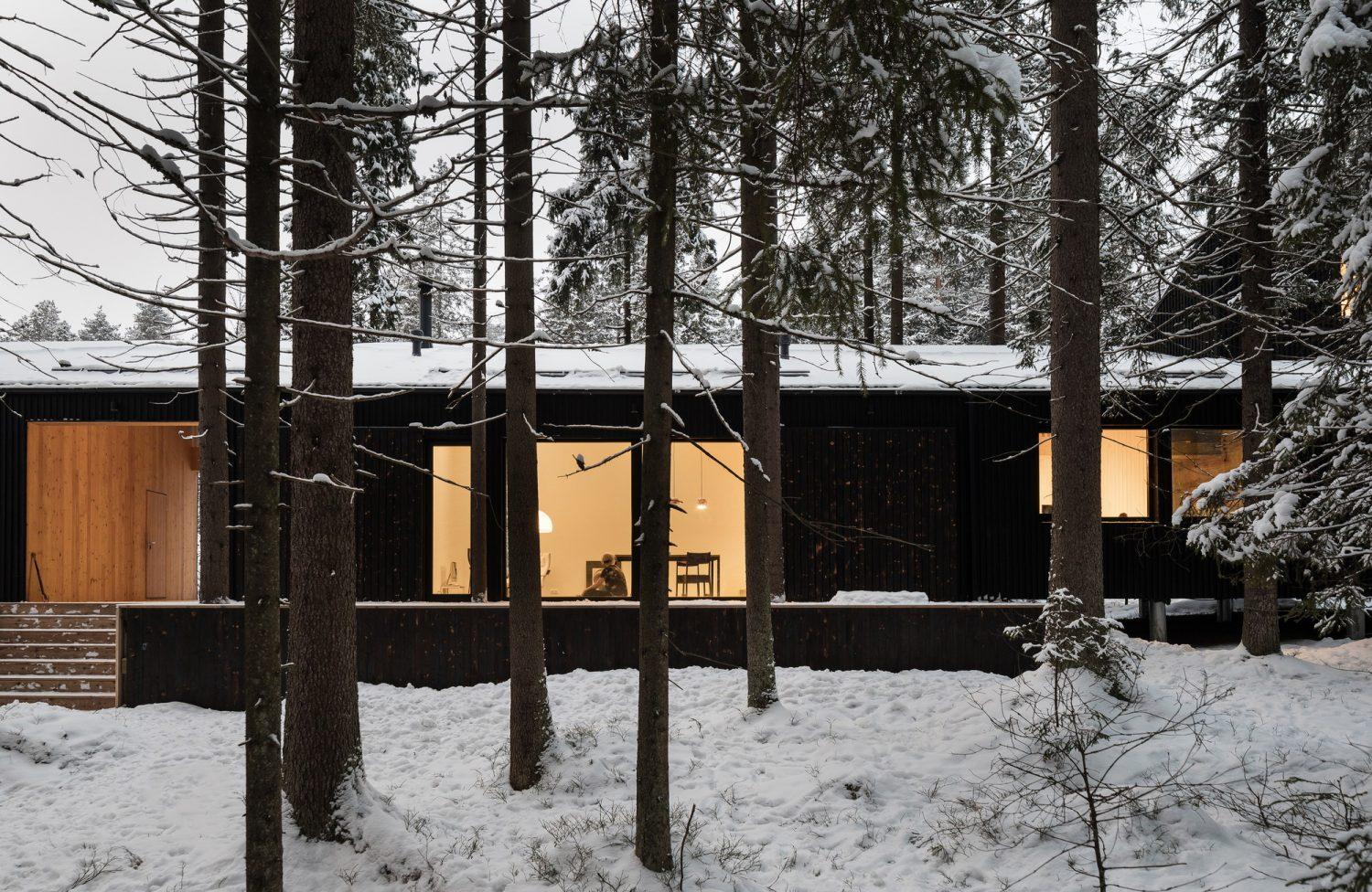 House for Two Artists by CHVOYA