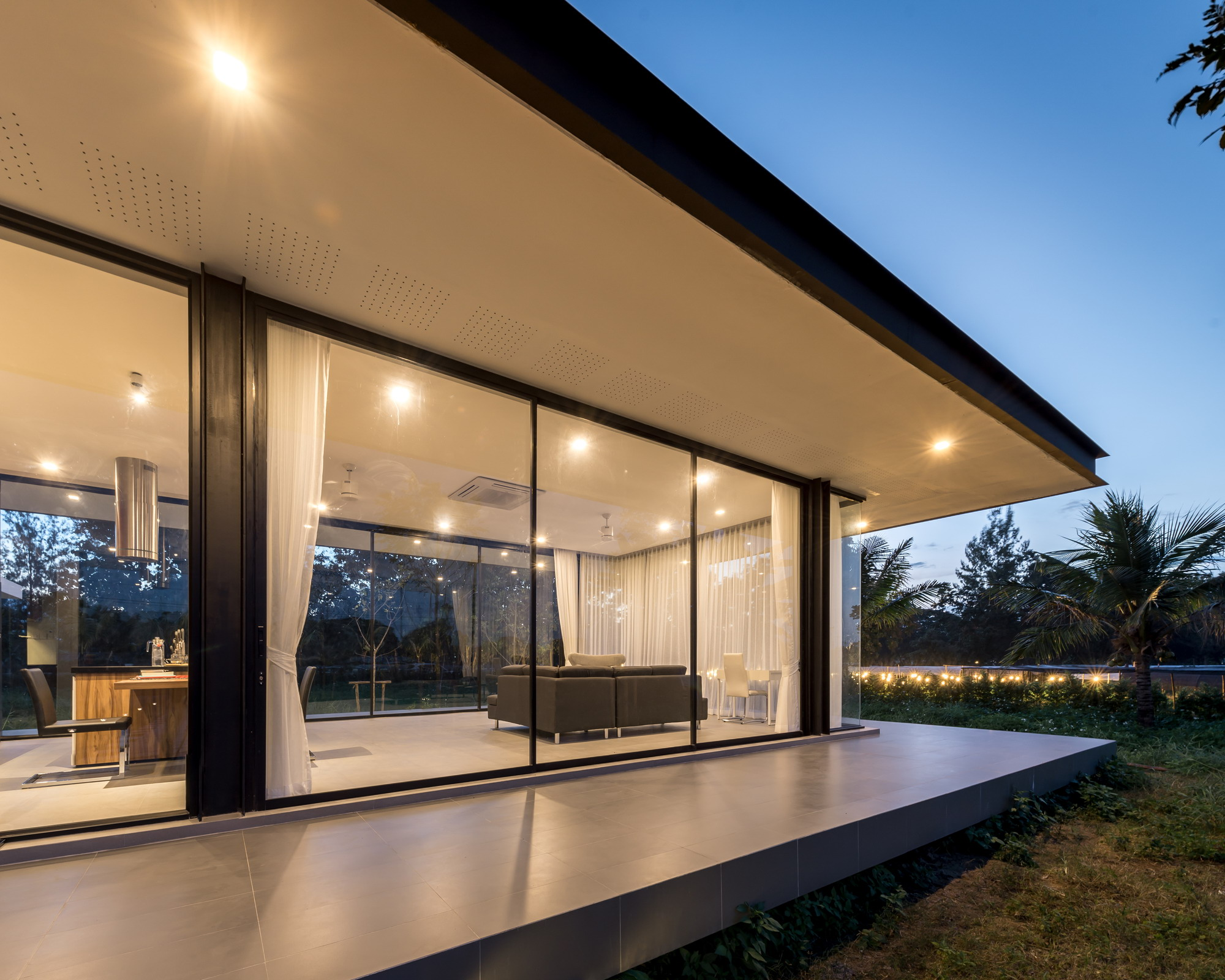 Maxime Residence by blank studio