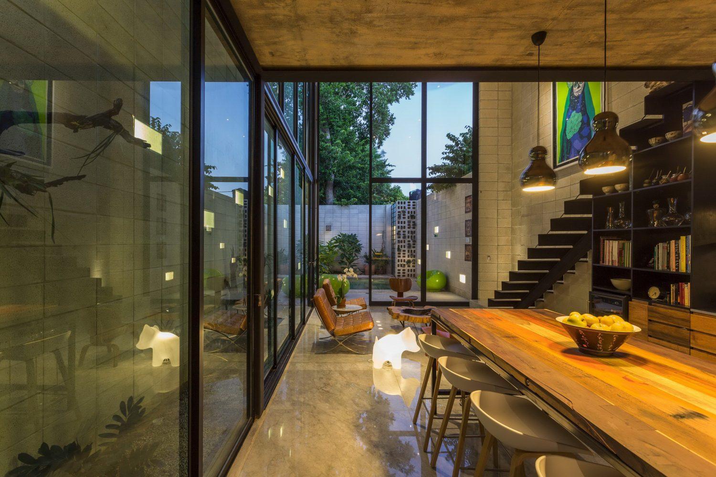 Raw House by Taller Estilo Arquitectura