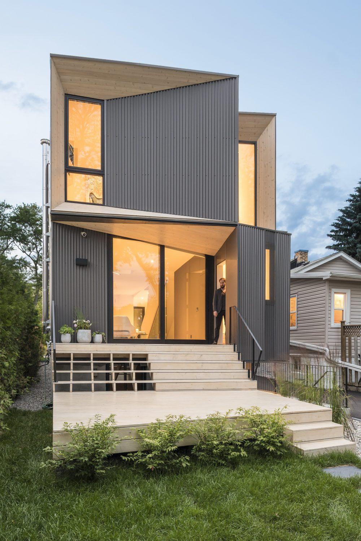 Tesseract House by Phaedrus Studio