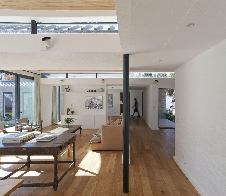 Vault House by Olimpia Lira