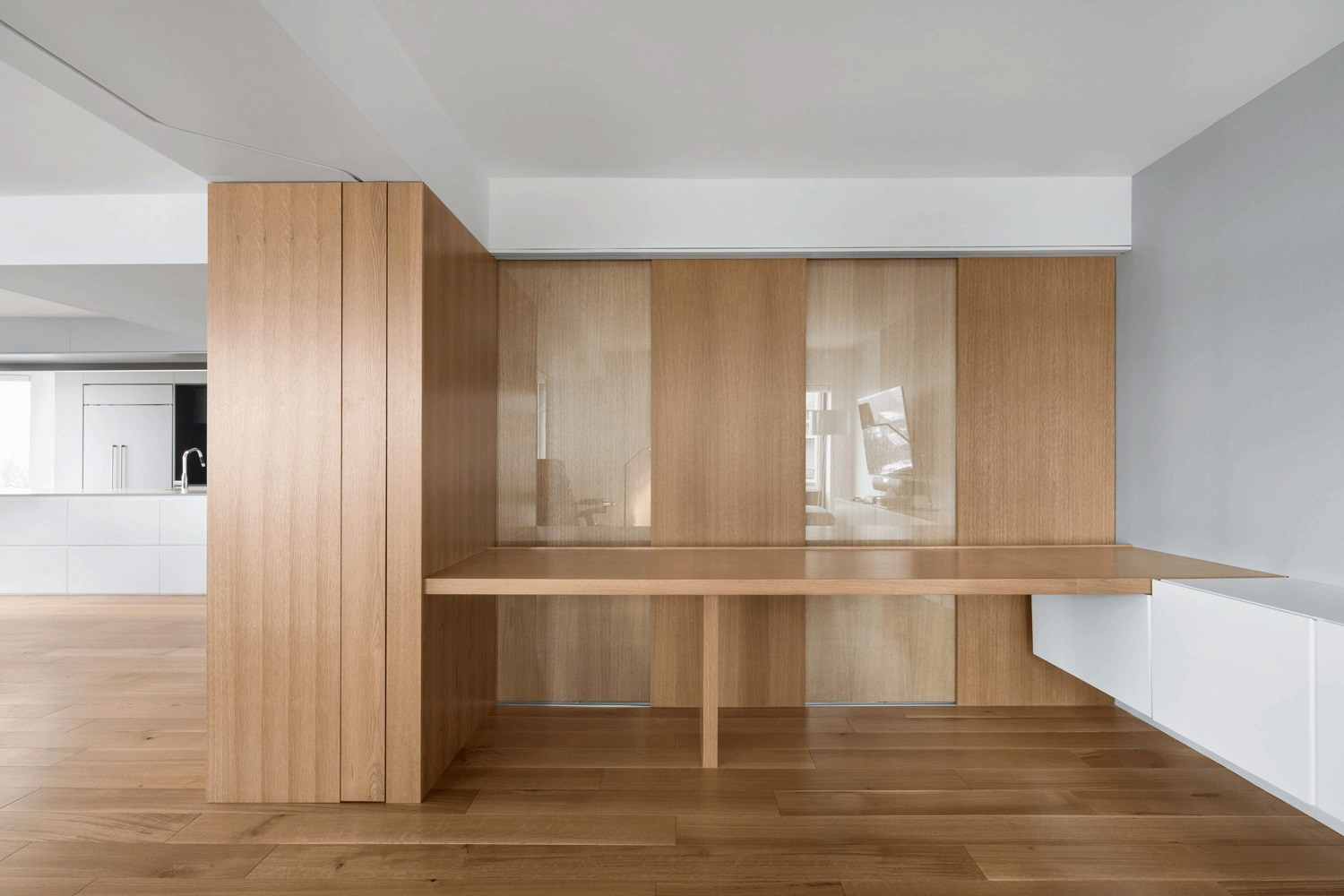 Ville-Marie Apartment by NatureHumaine