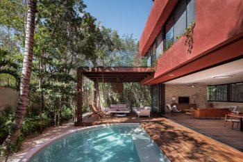 Amaranto House by Studio Arquitectos