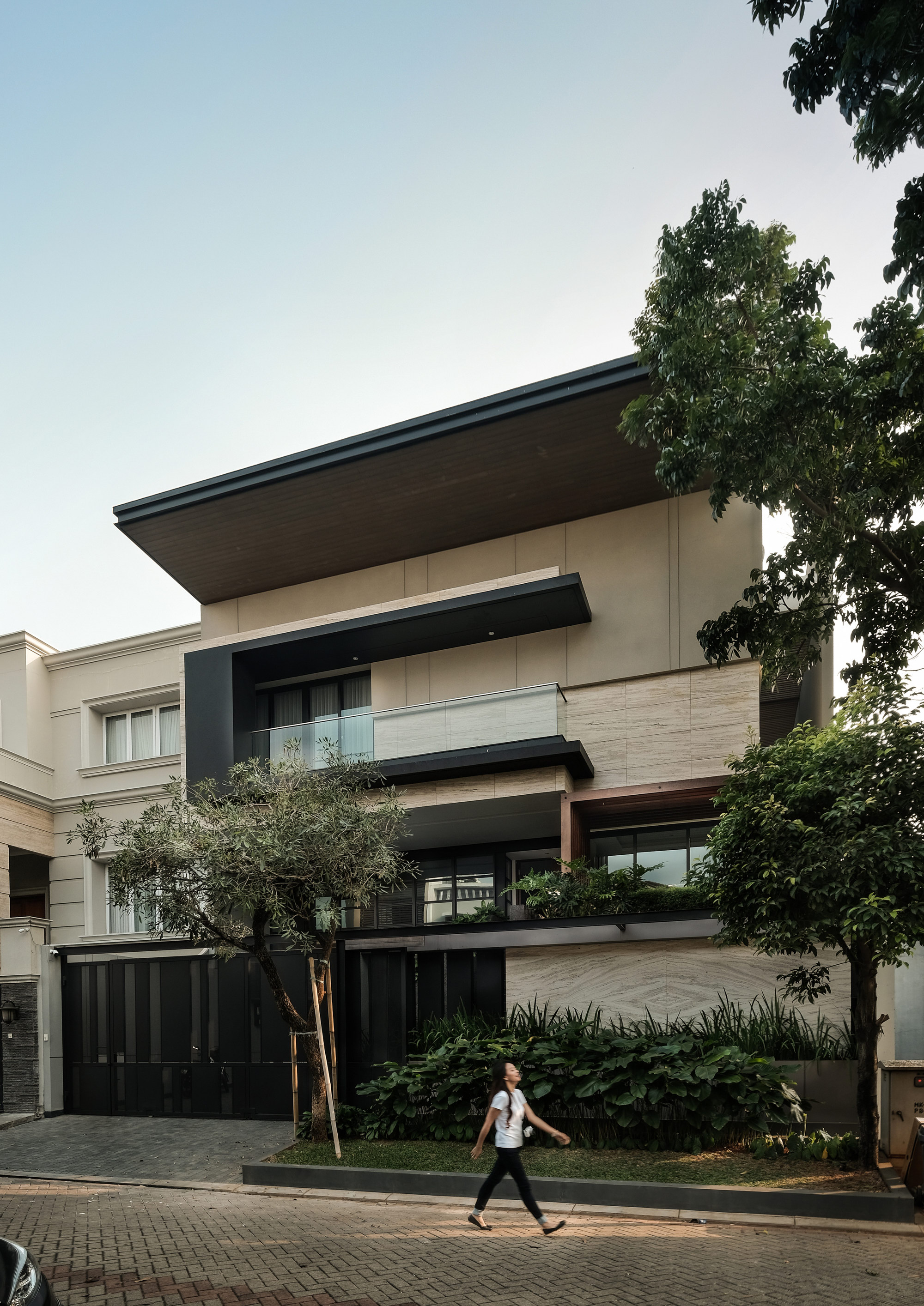 DL House by DP+HS Architects