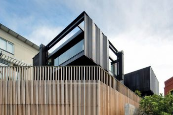 Freshwater House by Chenchow Little