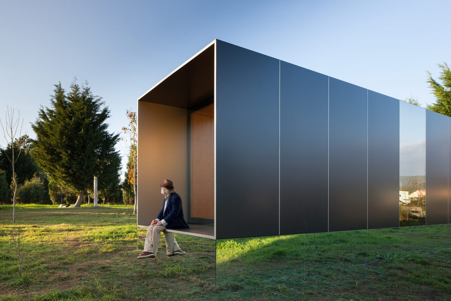 MIMA Light | Prefabricated Modular Home by MIMA Architects