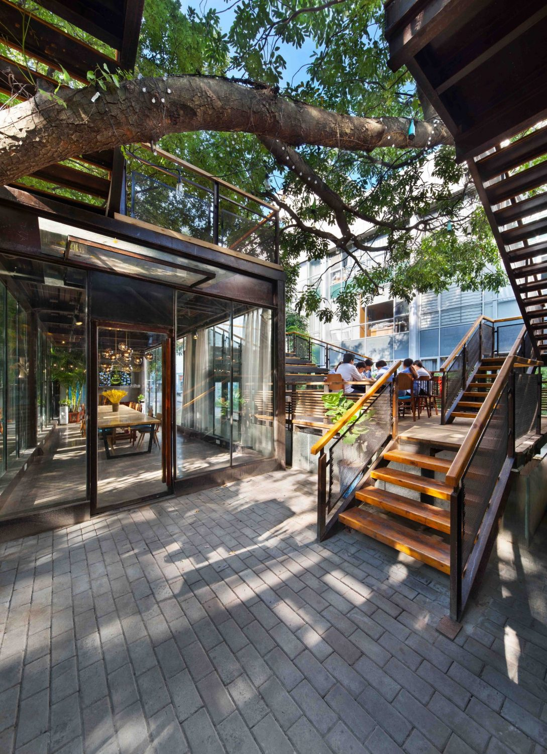 Shenzhen Maoshuli Cafe by Elsedesign