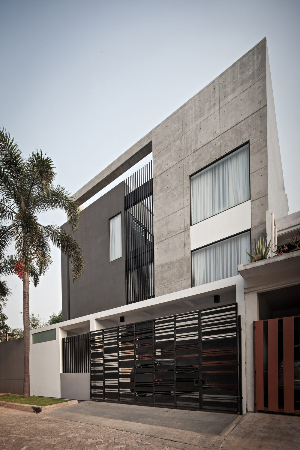 S+I House by DP+HS Architects