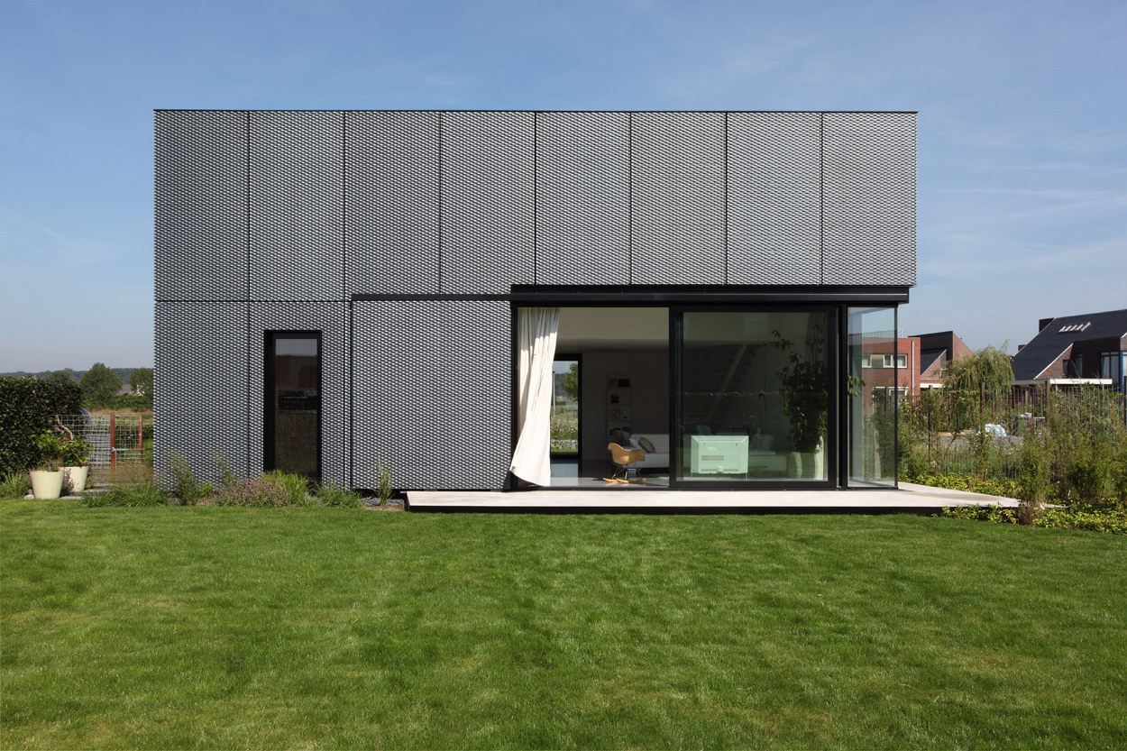 Villa DVT by Atelier Boetzkes and JCRARCHITECTEN