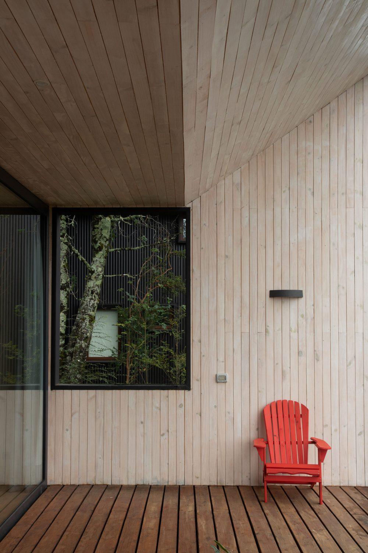 BEG House by Rudolphy + Bizama Arquitectos