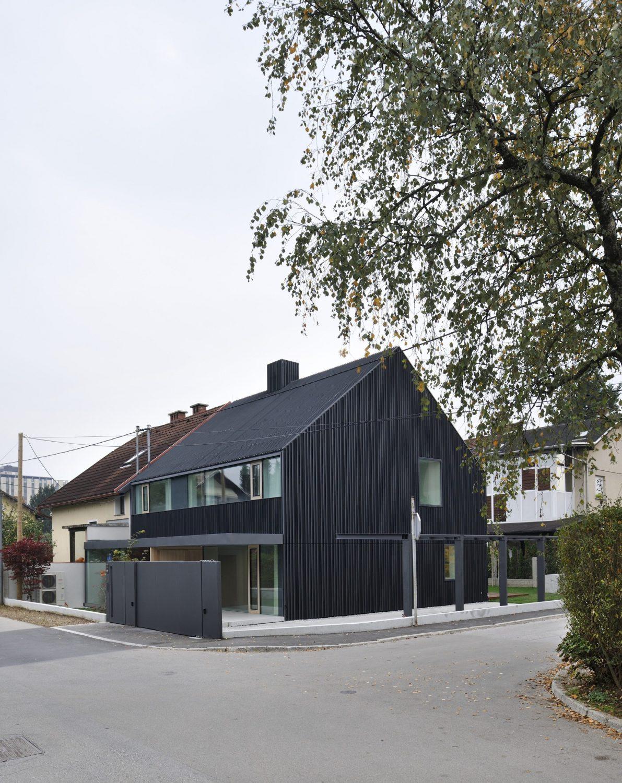 House JP by Bevk Perović Arhitekti